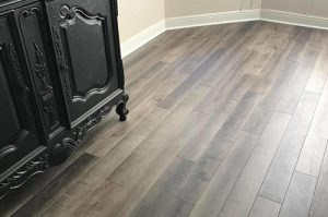 Attractive waterproof luxury vinyl flooring